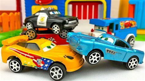 Carros para niños   Autos de Carrera Disney Cars   Videos ...