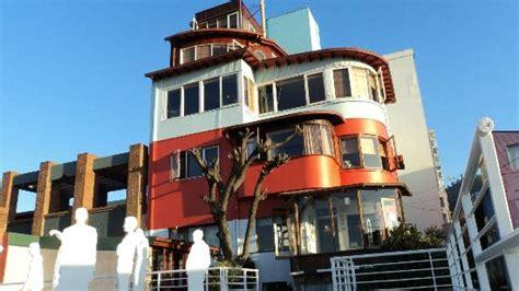Casa de Pablo Neruda   Picture of La Sebastiana  Pablo ...