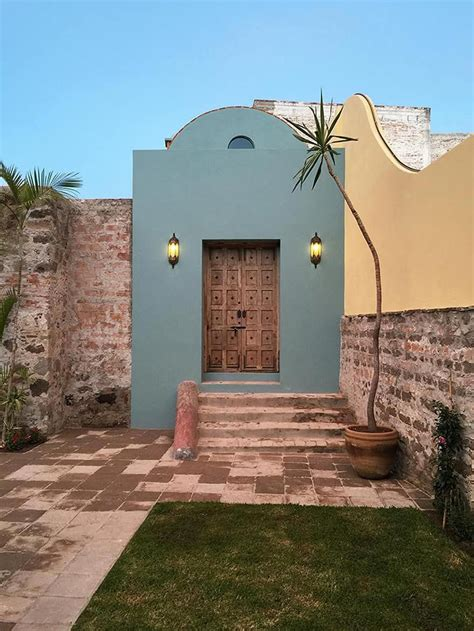 Casa hecha con Contenedores, Fachada llamativa e ...
