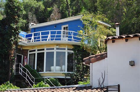 Casas de Pablo Neruda | Como llegar, tarifas & horarios