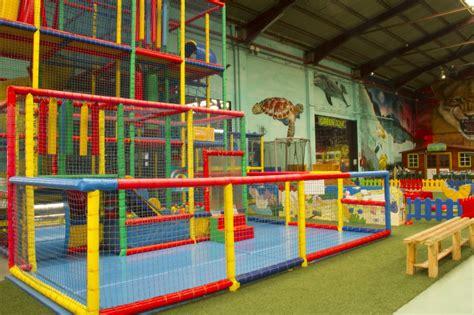Castillo de bolas para niños | Green Indoor Park ...