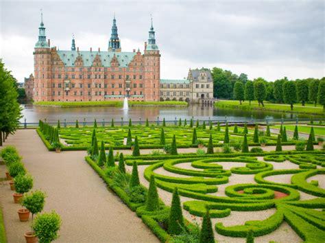 Castillo Frederiksborg | Lugares turísticos Dinamarca