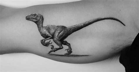 Celebrate National Velociraptor Awareness Day with 25 ...