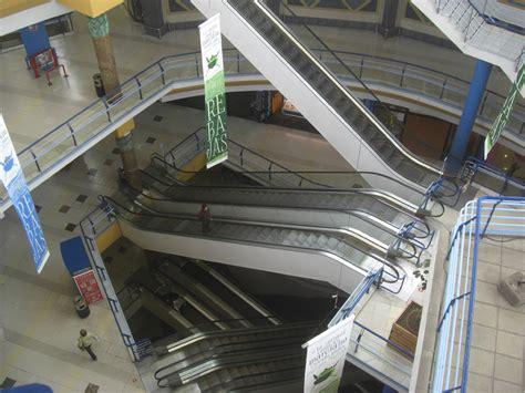 Centro Comercial La Ballena im Gran Canaria Lexikon