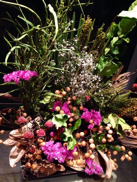 Centro floral decorativo | Flores secas, Arte floral ...