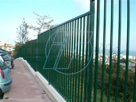 Cerramiento enmarcado barrotes. Indusmetal Torres | Vallas ...