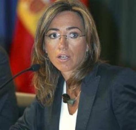 Chacón rectifica y retira el veto a webs deportivas y de ...
