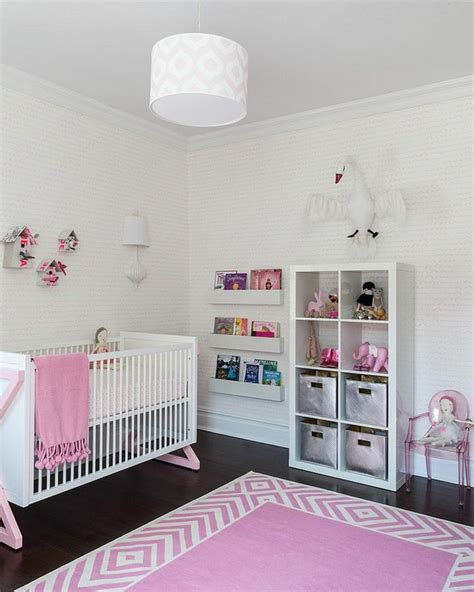 Chambre bébé fille en gris et rose   27 belles idées à ...