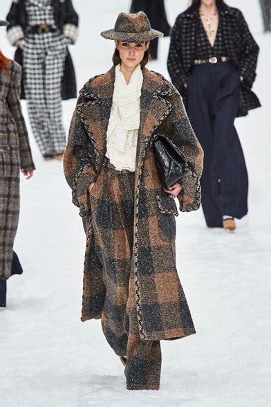 Chanel Parigi   Collections Fall Winter 2019 20   Shows ...