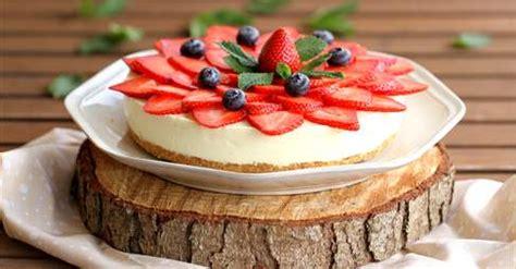 Cheesecake de chocolate blanco con fresas