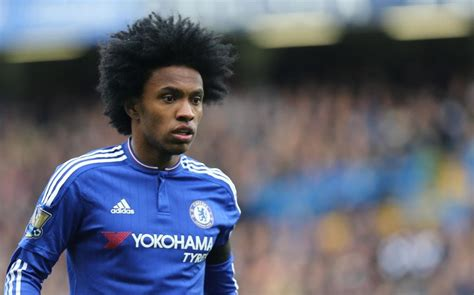 Chelsea news: Willian agrees new four year deal to work ...