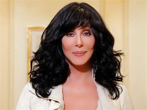 Cher anuncia que tiene planes de escribir sus memorias y ...