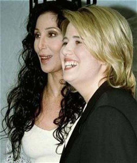 Cher apoya el cambio de sexo de su hija, aunque no lo ...