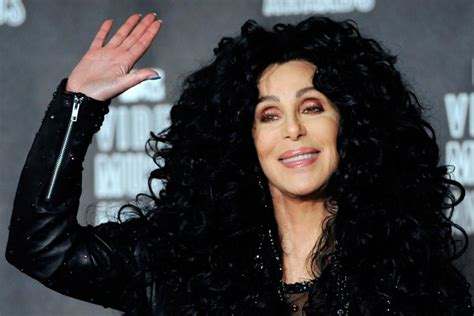 Cher   Cantante e Attrice   Biografia e Filmografia ...