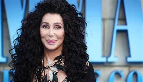 Cher graba los grandes éxitos del grupo Abba | Al Segundo