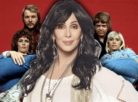 Cher vuelve a los estudios para grabar grandes éxitos de ...