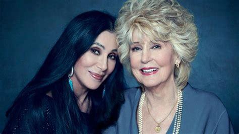 Cher y su madre: una saga de belleza y arte