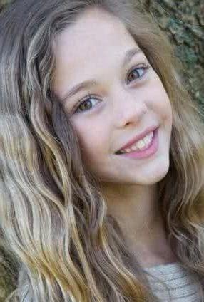Chloe Lang Death Fact Check, Birthday & Age | Dead or Kicking