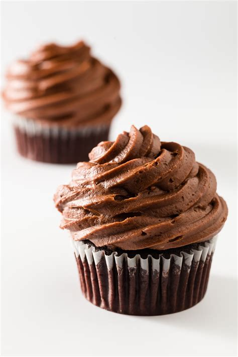 Chocolate cupcake   Sweet Celebration