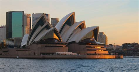 Choosing a Sydney Opera House Tour | Sightseeing
