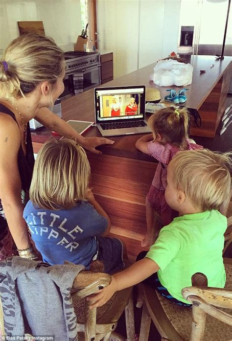Chris Hemsworth and wife Elsa Pataky celebrate twin sons ...