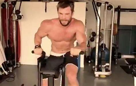 Chris Hemsworth entrenando sin polo es una sensación en ...