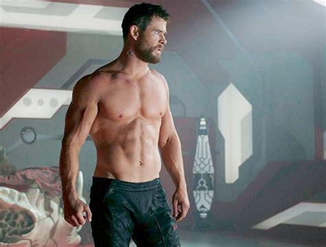 Chris Hemsworth nos muestra su entrenamiento con un vídeo ...