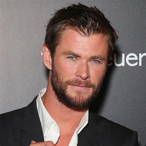 Chris Hemsworth s Hottest Red Carpet Pictures | POPSUGAR ...