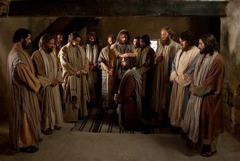 Christ Ordains the Apostles