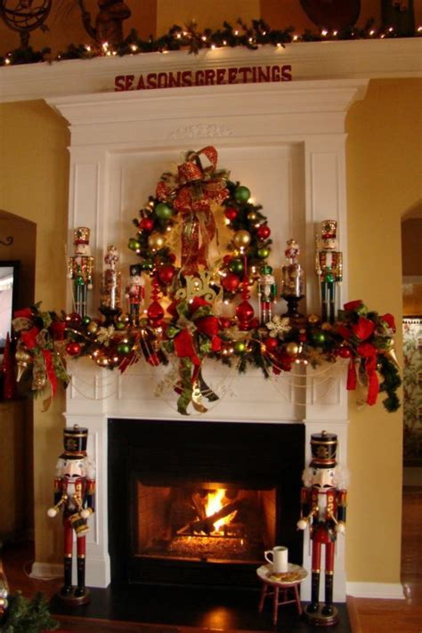 Christmas fireplace decorations this year for more elegant ...