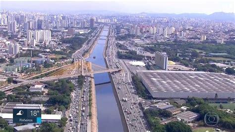 Cidade de SP tem 7,4 veículos para cada 10 habitantes ...