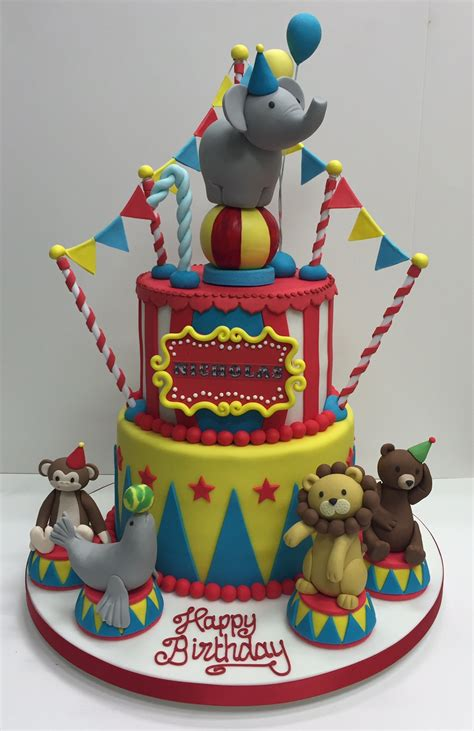 Circus themed children s birthday party   Cakes by Robin