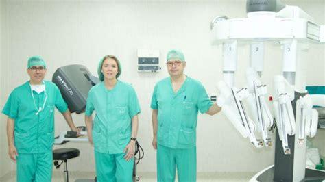 Cirugía robótica para extirpar el cáncer orofaríngeo