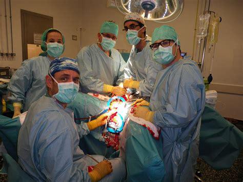 Cistectomía radical + extirpación de la uretra en el ...