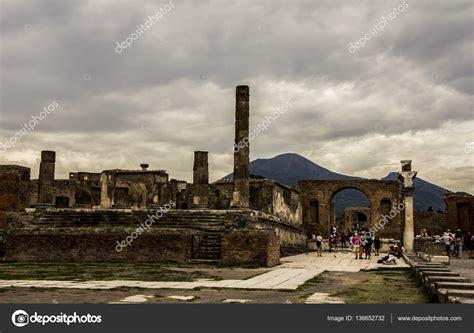 Ciudad de Pompeya destruida en 79bc por la erupción del ...