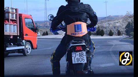 Clase práctica de moto, circuito abierto ciudad, carnet a2 ...