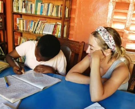 """Claudia en Kenia: """"Nunca olvidaré cómo con tan poco se ..."""