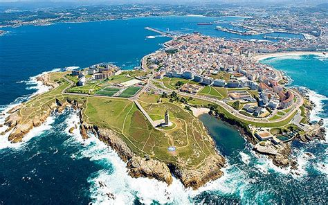 Click on: A CORUÑA: A PLACE TO LOOK FORWARD TO