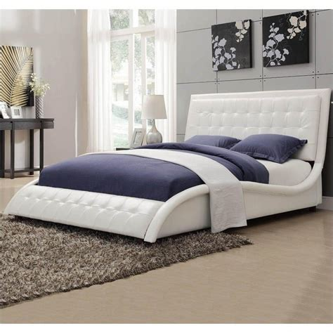 Coaster Tully Upholstered Queen Bed in White Vinyl   300372Q