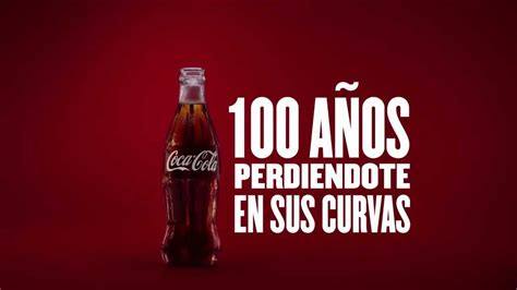 Coca Cola 100 años perdiéndote en sus curvas   YouTube
