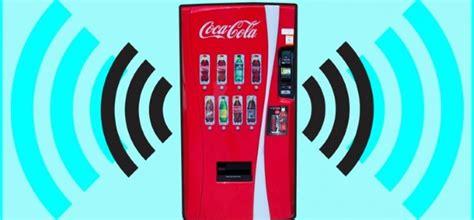 Coca Cola convierte sus máquinas expendedoras en puntos de ...