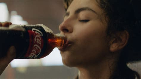 Coca Cola, depois da Pepsi, afirma que vai abandonar os ...