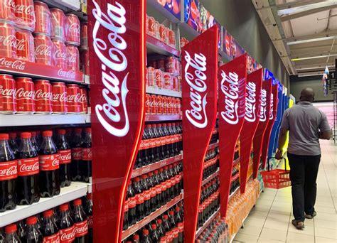Coca Cola elimina su publicidad de las redes por protestas ...