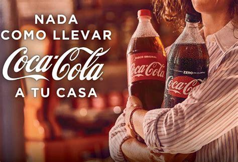 """Coca Cola presenta su campaña """"Nada como llevar Coca Cola ..."""