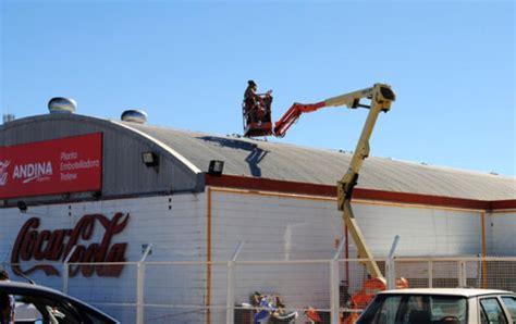Coca Cola: se encuentra grave el trabajador que cayó al ...