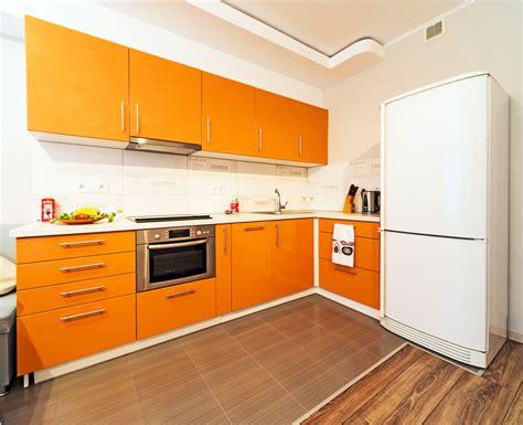 Cocina exótica de muebles naranja. Fotos para que te ...