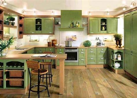 cocinas muebles blancos combinados con verde   Buscar con ...