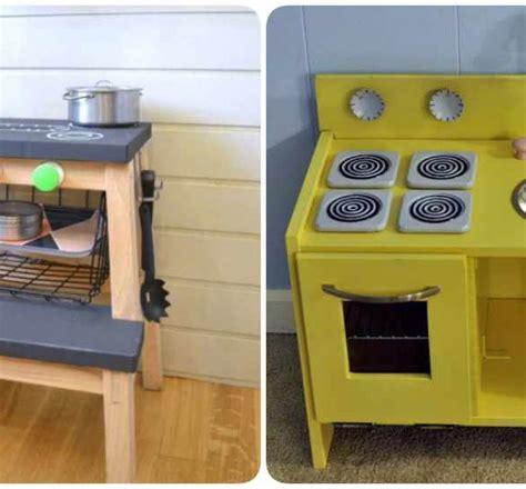Cocinitas de juguete: 4 Ikea Hacks