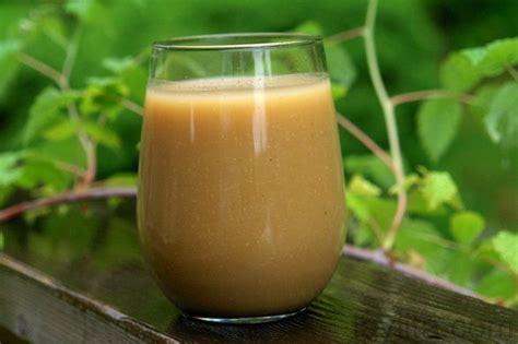 Colada de avena con naranjilla or Ecuadorian oatmeal drink ...