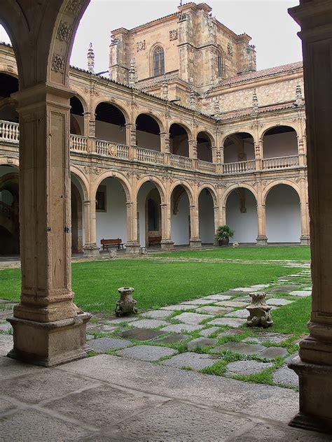 Colegio Mayor de Santiago el Zebedeo   Wikipedia